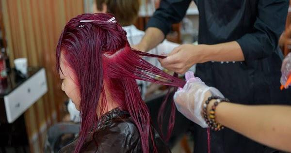 Tác hại của việc uốn, ép, nhuộm tóc -