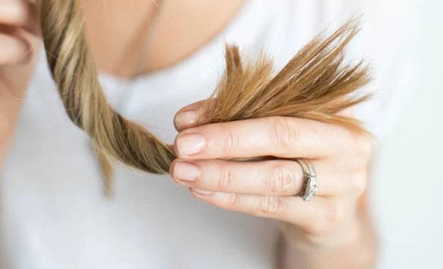 Tóc chẻ ngọn là gì? Nguyên nhân và biện pháp khắc phục! -